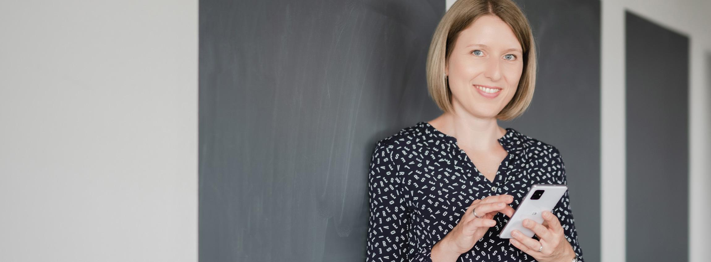 Kerstin Smirr erarbeitet in einem Social-Media-Workshop mit Ihnen Ihre Strategie für Facebook und Co.